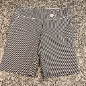 Flirtations pinstriped shorts in size 7. GUC